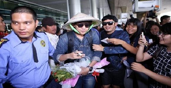 Dịch vụ bảo vệ an ninh cho mỹ nam 'Ma nữ tìm chồng' ở sân bay